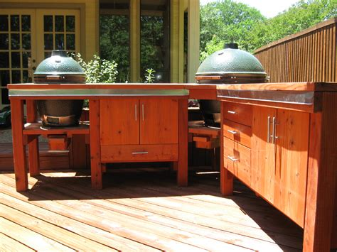 big green egg bbq station
