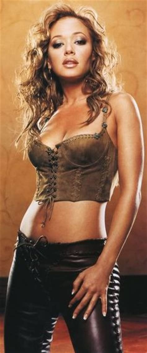 uk celebrities born in 1970 140 best leah remini great actress images in 2019 king