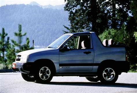 chevy tracker 1990 2000 chevrolet tracker pictures history value research