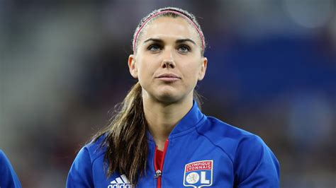 alex morgan cops belligerent alex morgan causes scene at disney world