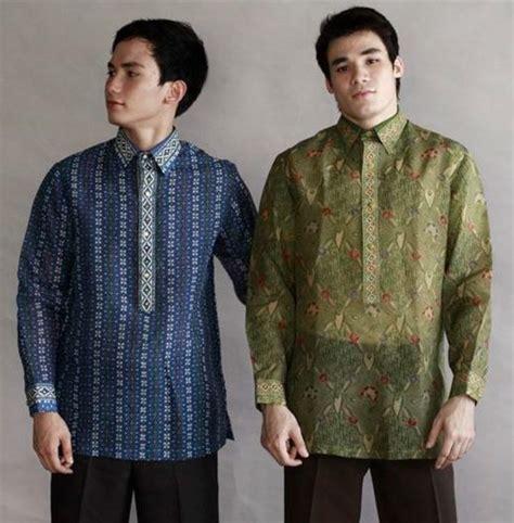 Hoodie Barong Family Hitam Merch filipinos put chic to batik
