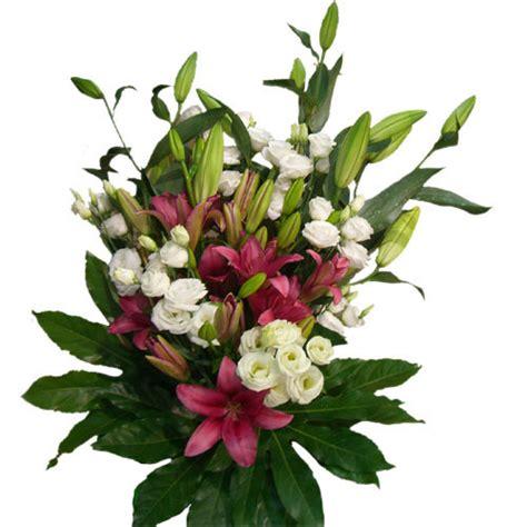 mazzo di fiori prezzo mazzo di fiori assortiti secondo disponibilit 224