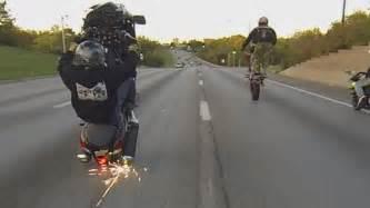 Dirt Bike Tire Pressure For Wheelies Suzuki Hayabusa Motorcycle Stunts On Highway Wheelie