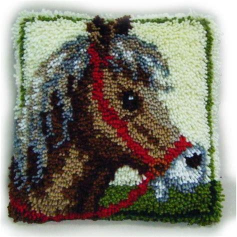 rug kits for beginners uk hobbycraft latch hook rug kit 30 x 30 cm 15 bundles yarn canvas decoration ebay