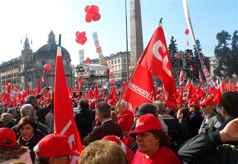 sede cgil roma parte la mobilitazione della cgil in difesa lavoro
