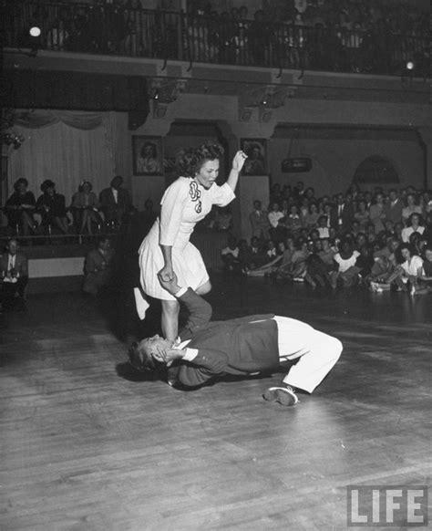 swing dance couple 173 best swing dancing images on pinterest swing dancing
