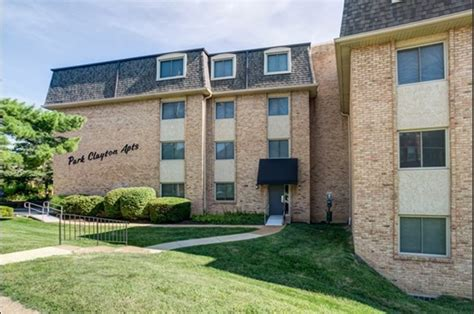 1 bedroom apartments clayton park park clayton apartments st louis mo from 975 rentcaf 233