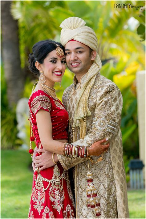 Gorgeous Golden Gown, Sonia and Ravi, Hilton Irvine