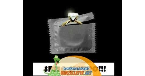 preservativo interno barzellette net foto preservativo con anello all interno