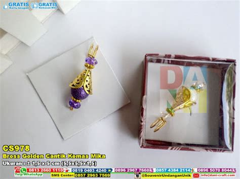 Aneka Bross Batu Cantik bross golden cantik kemas souvenir pernikahan