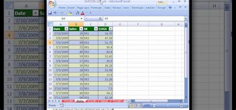 how to automatically create pivot tables in excel 2007