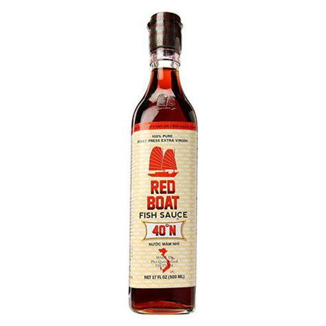 red boat vietnamese extra virgin fish sauce bottle 8 45 ounce red boat premium fish sauce 500 ml 17 oz a bit crunchy