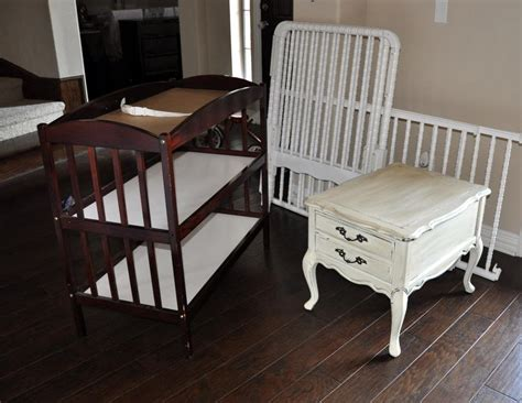 Refinishing Baby Crib by Professional Folder Preparing For Baby
