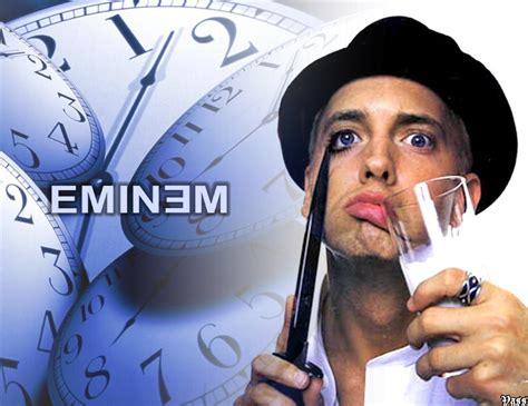 is eminem illuminati eminem es coronado rap por rolling