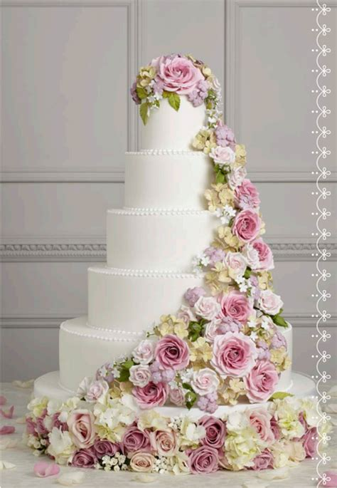 Wedding Cake Floral by Wedding Wednesday Floral Inspired Iced Wedding Cakes