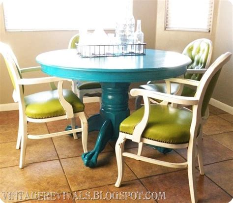 painting a kitchen table meet my new kitchen table and command max hvlp sprayer review giveaway vintage revivals