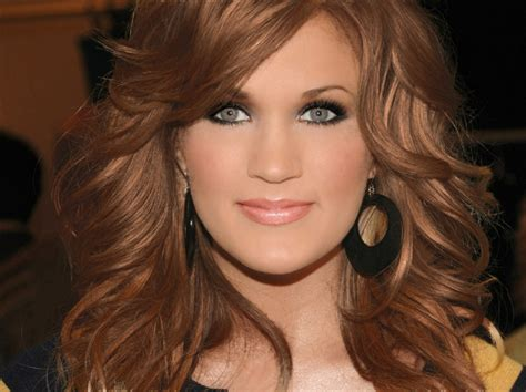 carrie underwood new hair color carrie underwood mahogany hair color charitybaughman s