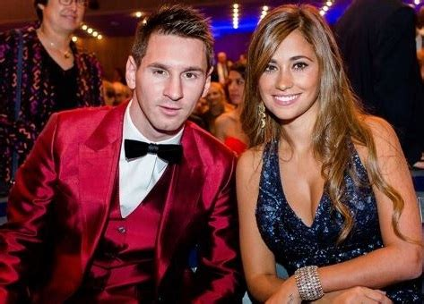 messi and wife lionel messi and his lovely wife antonella roccuzzo are