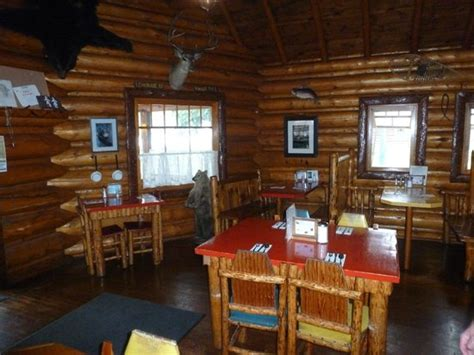 Log Cabin Bed And Breakfast by Inside The Log Cabin Cafe Picture Of Log Cabin Cafe Bed