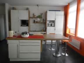 cuisine ouverte avec ilot central cuisine en image