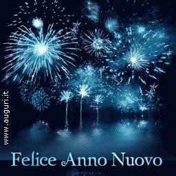 scoppiettante anno nuovo