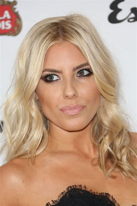 molly color mollie king s hairstyles hair colors style
