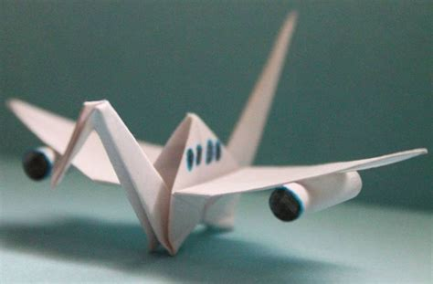 Creative Paper Folding - beautiful paper folding cranes by origami enthusiast