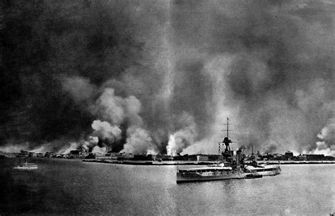 Trippy Wall Murals file the burning of smyrna as seen from hms king george v