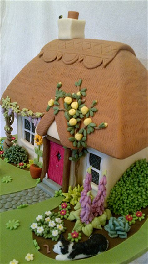 Cottage Cakes by Thatched Cottage Cake Flickr Photo