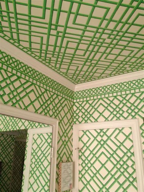 wallpaper green trellis this green trellis wallpaper is one of my favorites and i