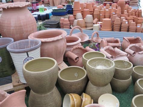 vasi di cotto vasi contenitori in cotto e ceramica ortofiorito