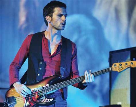 Coldplay Bassist | guy berryman coldplay bassist