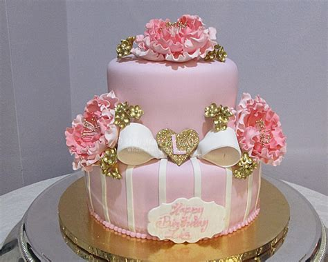 floral cakes    cake