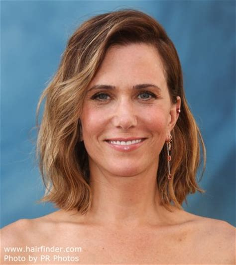 kristen wiigs hairstyles kristen wiig s long wavy bob or wob hairstyle with ombr 233 color