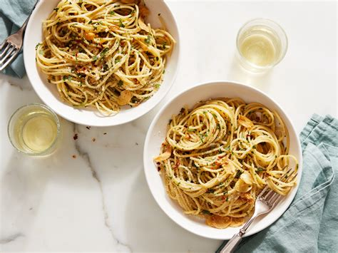 Contessa Pasta by Spaghetti Aglio E Olio Recipe Ina Garten Food Network