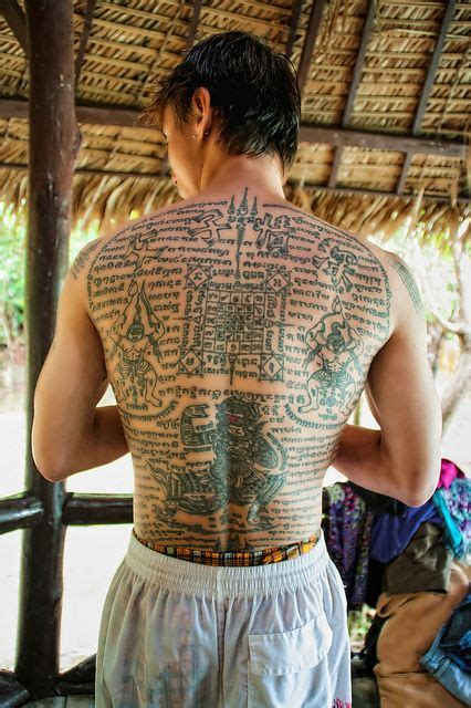 yantra tattoo neck sak yant tattoo thailand tattoos pinterest bangs