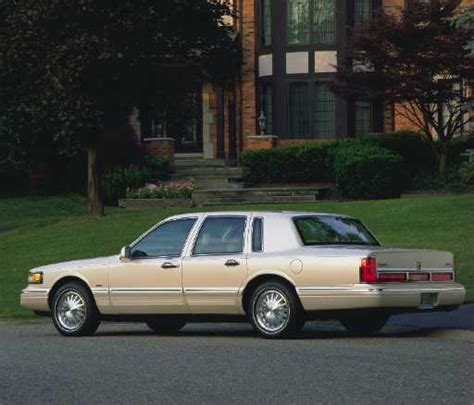 97 lincoln towncar the auto channel