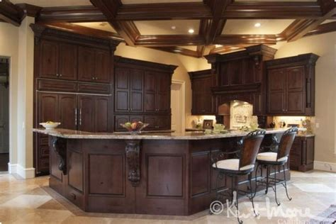 Kitchen Island Kent Ideas For The House On Alder Cabinets Walnut