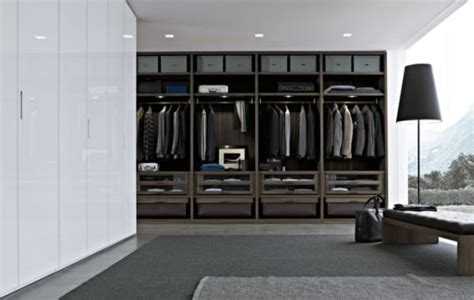 Modern Walk In Wardrobes by 25 Interesting Design Ideas And Advantages Of Walk In Closets