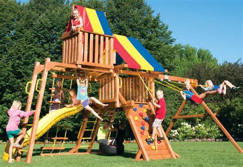 giochi per giardino in legno giochi in legno da giardino idea di casa