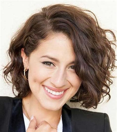30 trendy curly bob haircuts and hair colors for
