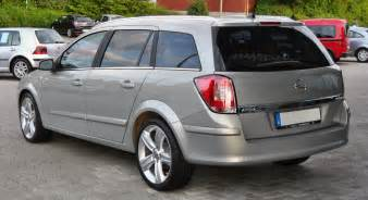 Opel Astra H Caravan Dimensions 2008 Opel Astra H Caravan Pictures Information And