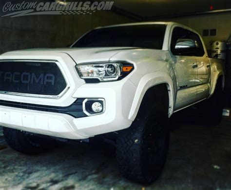 Toyota Tacoma Aftermarket Custom Mesh Grills For Toyota Vehicles By Customcargrills
