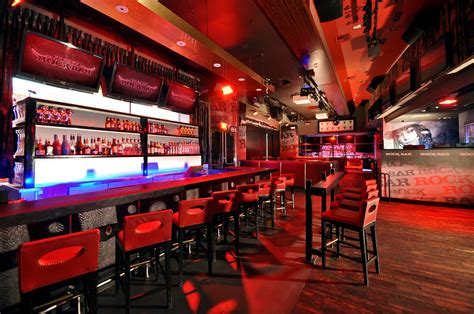 top vegas bars best las vegas pub crawls sin city club crawl best