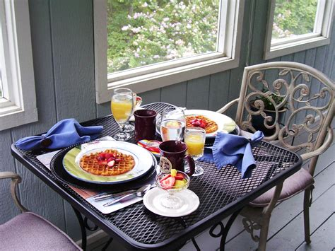 Anchor Inn On The Lake Breakfast Is A Great Way To Start