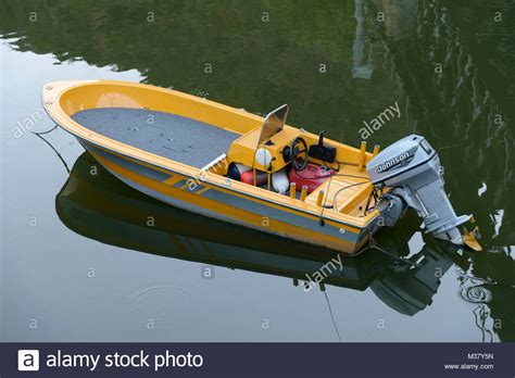 outboard motor boat images outboard motor propeller stock photos outboard motor