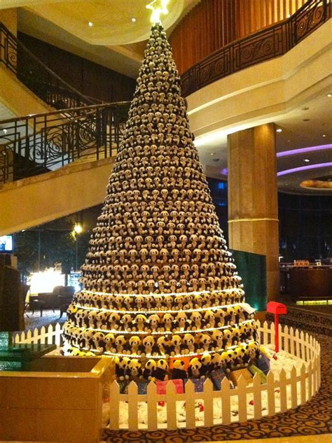 top ten hotel lobby christmas decorations 89 best lobby trees images on deco diy decorations