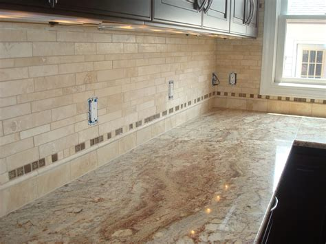 kitchen travertine backsplash 28 images colonial gold granite countertop with travertine