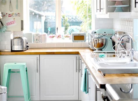 Pastel Kitchen | 10 colorful ways to use pastels in your modern interiors