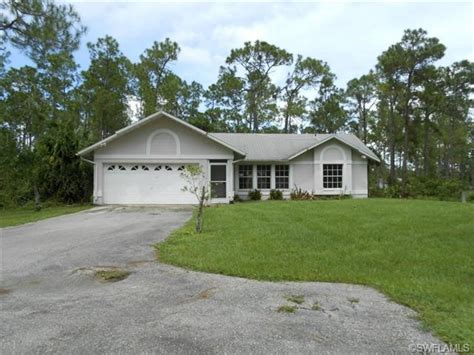 house for sale in naples fl 4111 4th ave ne naples florida 34120 foreclosed home